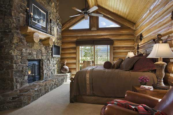 Idaho Log Home Bedroom