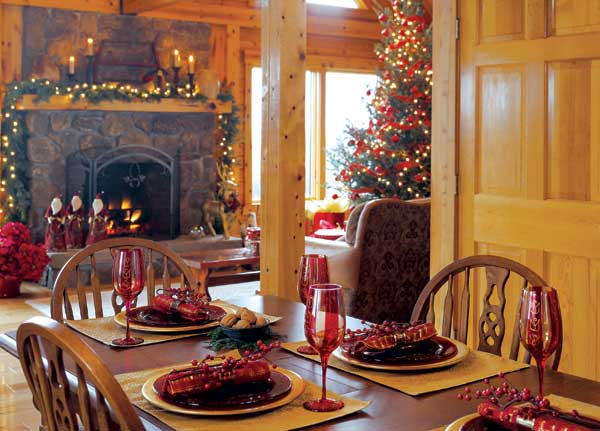 Log home dining room at Christmas