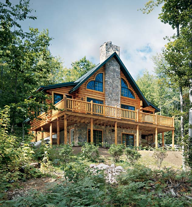 Mountainside Log Home | Rich Frutchey Photo