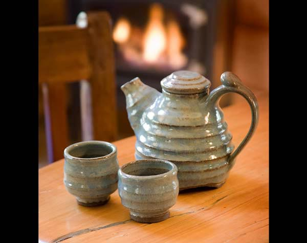 cabin decor tea set