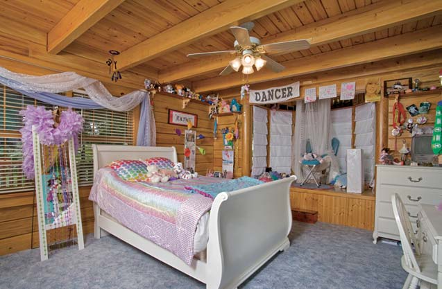 Girl's Bedroom in Cabin