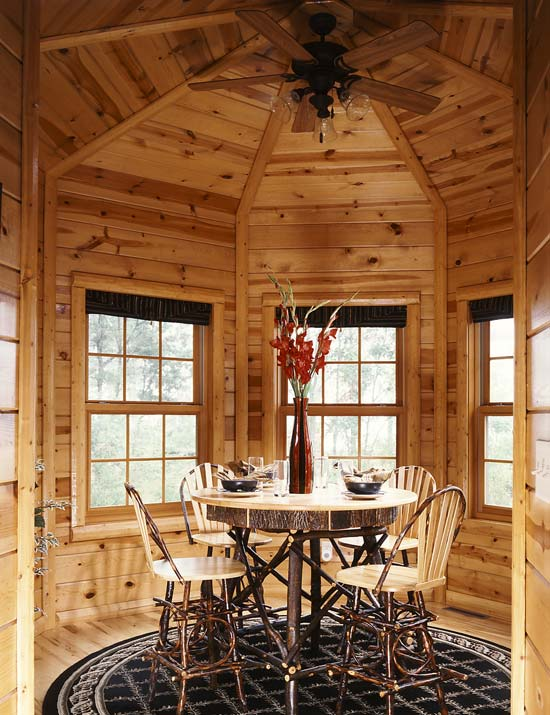 cabin breakfast nook