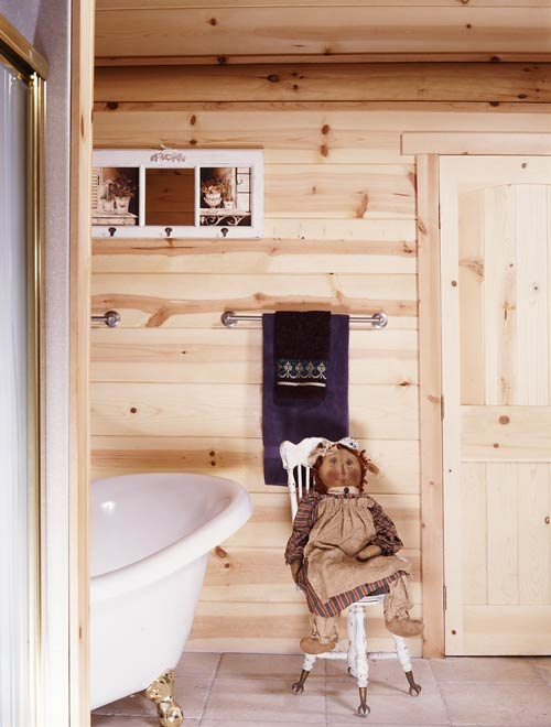 Cottage Cabin Bathroom