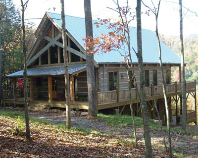 Bates Log Home | Pioneer Log Systems