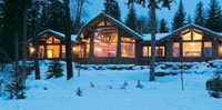 Log Luxury Lodge Exterior