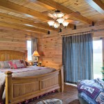 hill-log-home-bedroom