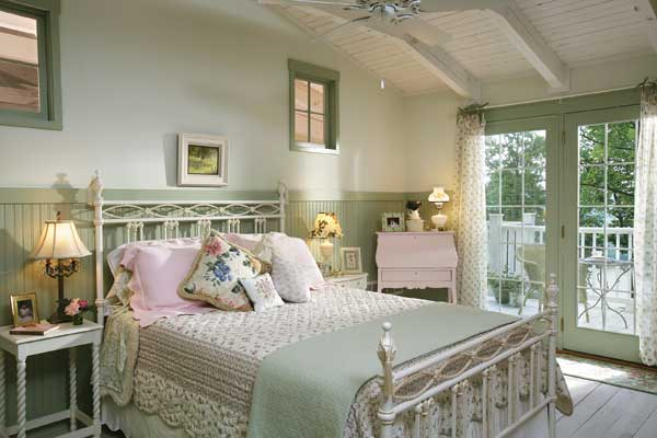 Shabby chic log-home bedroom