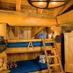 Montana log home bunkroom