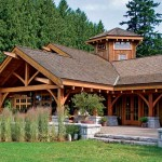 With timber framing evident inside and out, this contemporary British Columbia home incorporates a building tradition that goes spans over several continents and centuries.