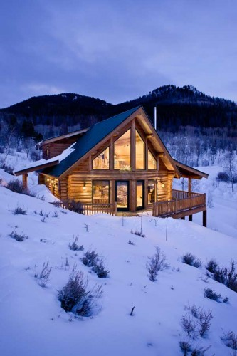 living-off-the-grid-exterior